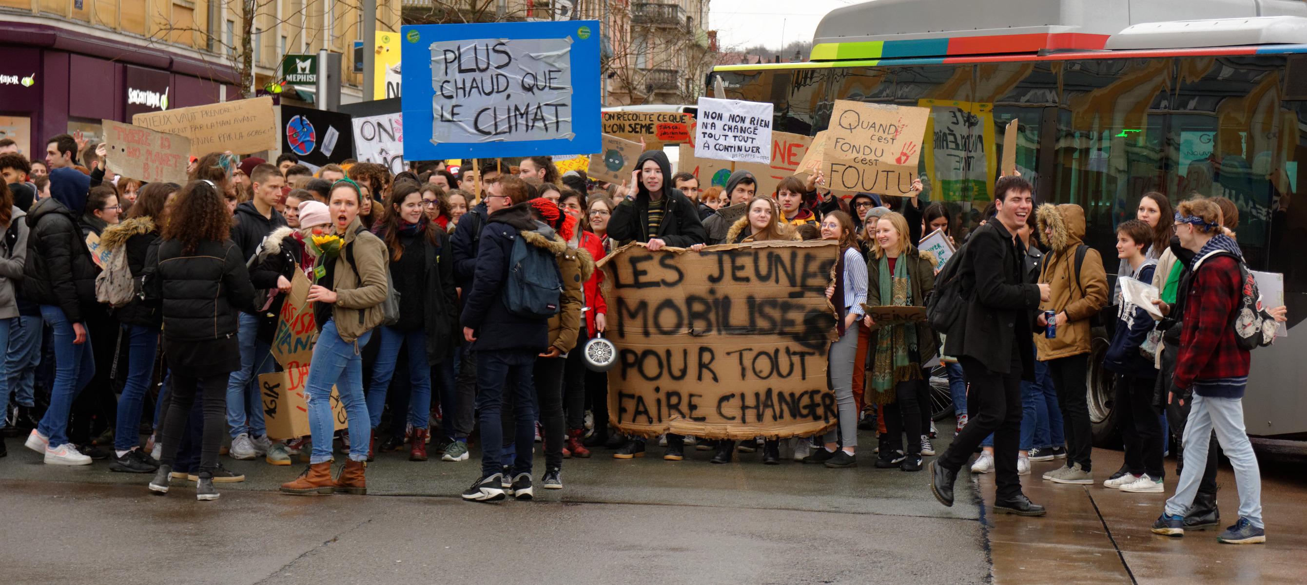 Qui marche pour le climat ? Classes sociales et orientations idéologiques – Avec le collectif Quantité critique (14 nov)
