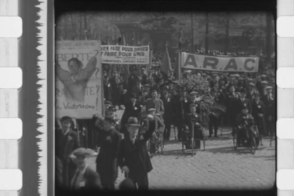 Grandiose revolution-1935-Arac
